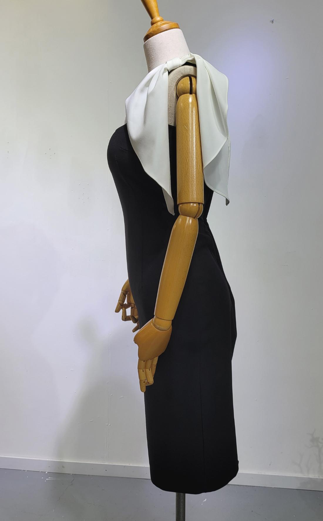 드레스 모델 착용 이미지-S1L28