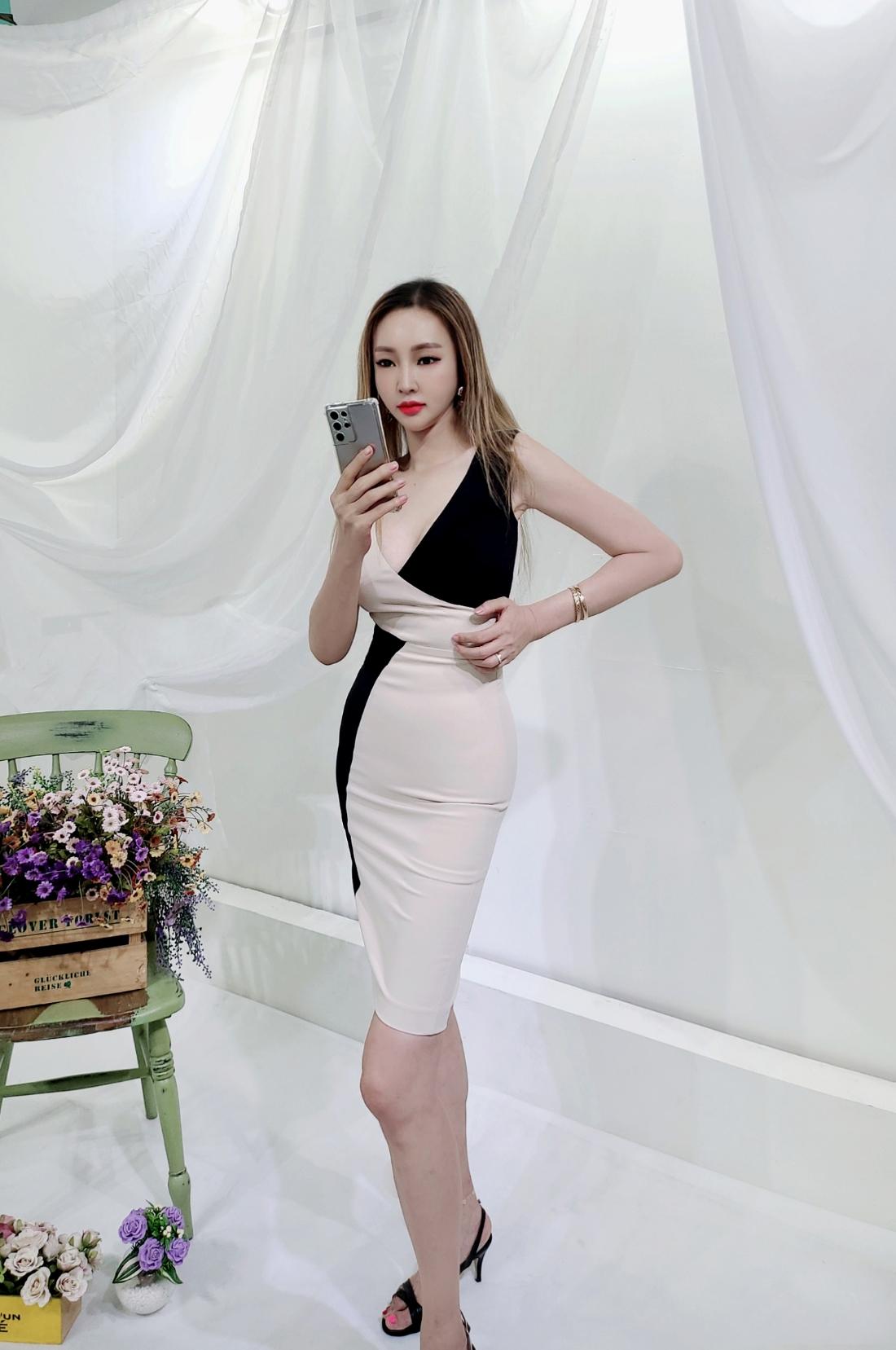 드레스 모델 착용 이미지-S1L21